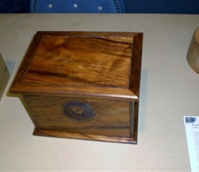 URN BOX FOR VETERANS MADE BY TAMPA WOODWORKERS