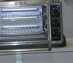 MICROWAVE OVEN USED TO HEAT AND DRY WOO